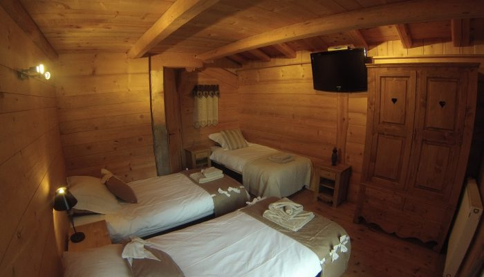 chalet daisy triple room